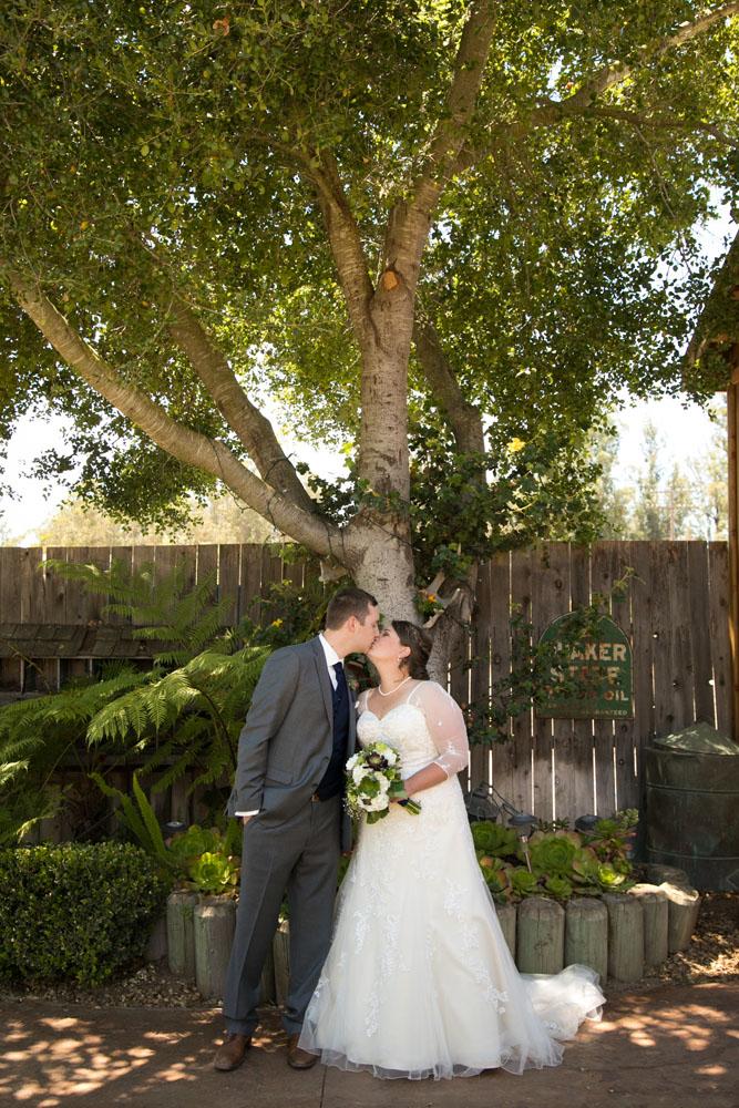 San Luis Obiso Wedding Photographer Edwards Barn 063.jpg