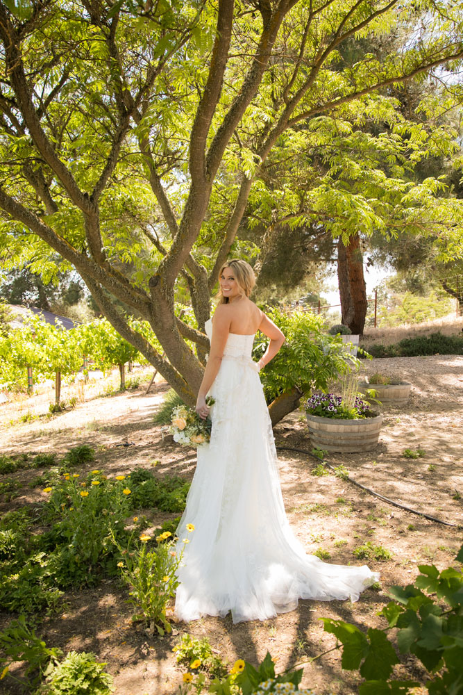 Paso Robles Wedding Photographer Stillwaters Vineyard 024.jpg
