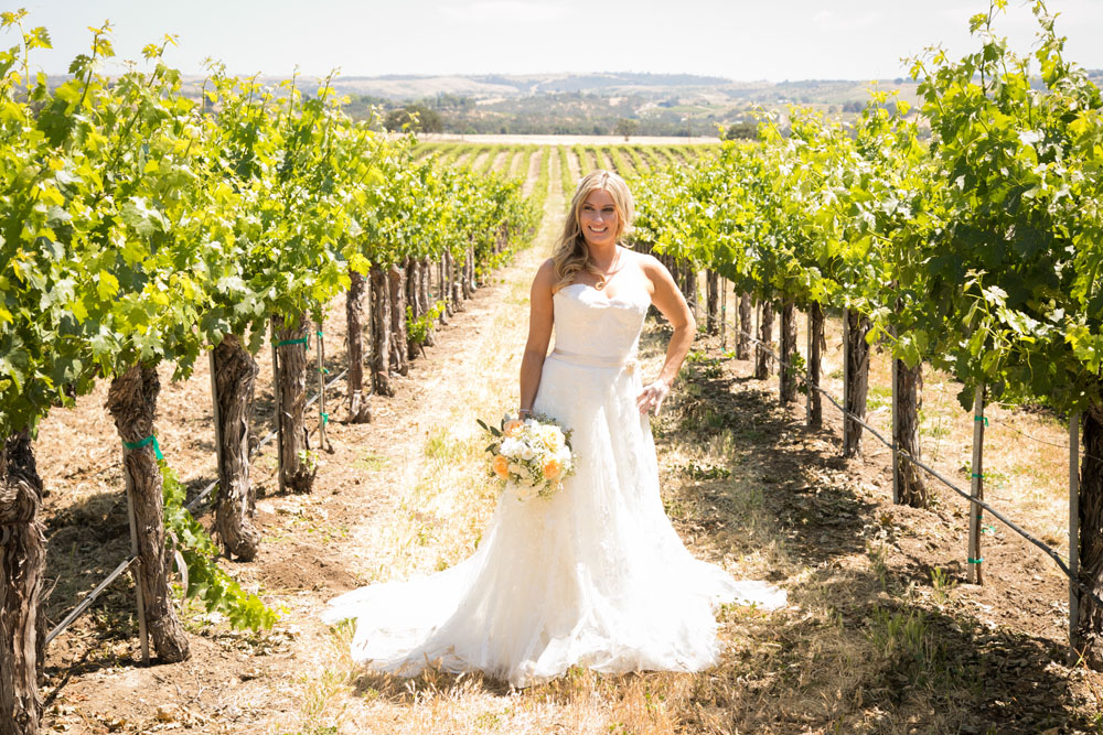 Paso Robles Wedding Photographer Stillwaters Vineyard 035.jpg