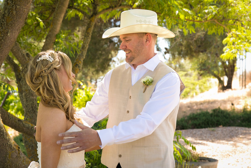 Paso Robles Wedding Photographer Stillwaters Vineyard 058.jpg