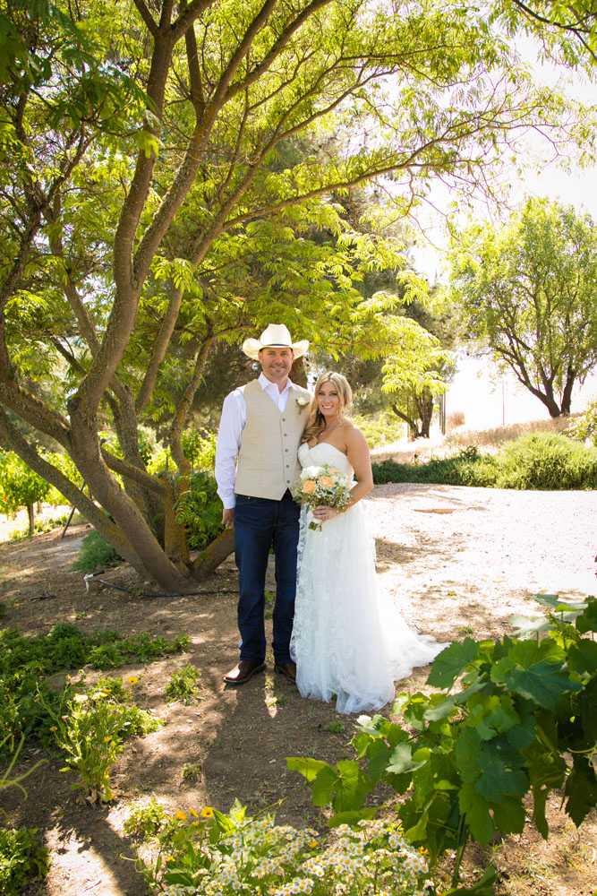 Paso Robles Wedding Photographer Stillwaters Vineyard 061.jpg