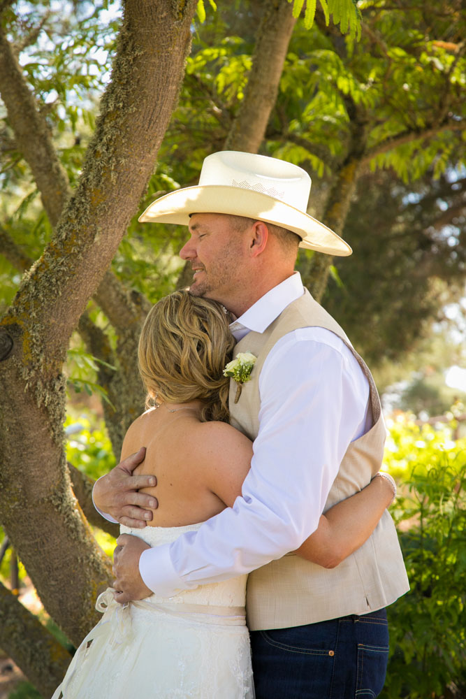 Paso Robles Wedding Photographer Stillwaters Vineyard 060.jpg