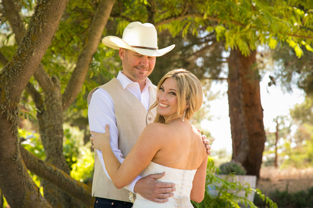 Paso Robles Wedding Photographer Stillwaters Vineyard 073.jpg