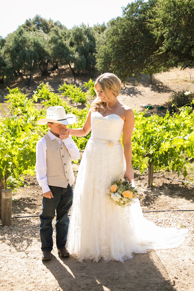Paso Robles Wedding Photographer Stillwaters Vineyard 097.jpg