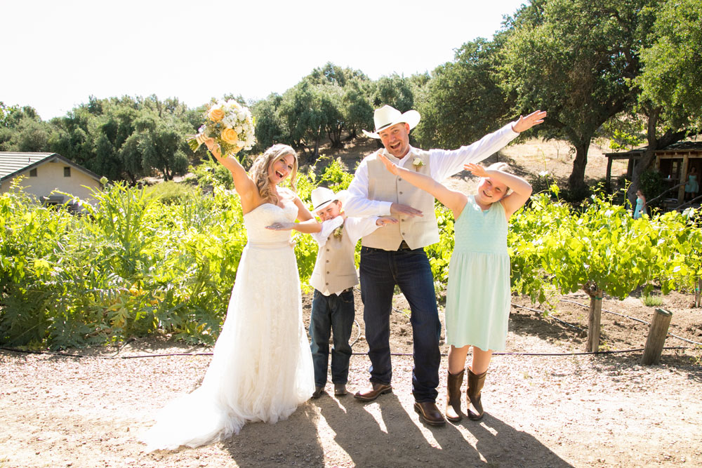 Paso Robles Wedding Photographer Stillwaters Vineyard 098.jpg