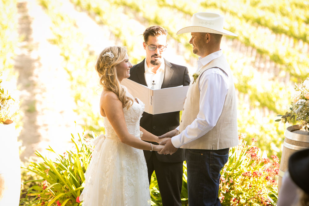 Paso Robles Wedding Photographer Stillwaters Vineyard 113.jpg