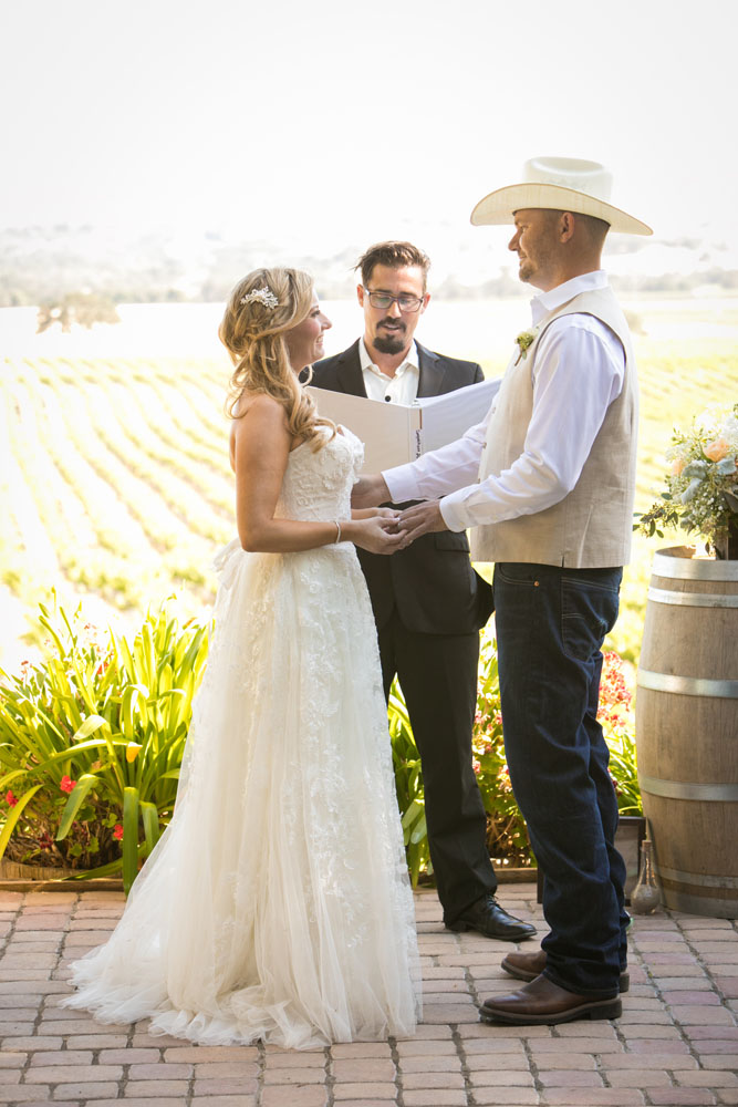 Paso Robles Wedding Photographer Stillwaters Vineyard 117.jpg