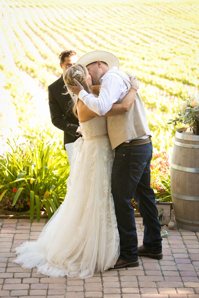 Paso Robles Wedding Photographer Stillwaters Vineyard 118.jpg