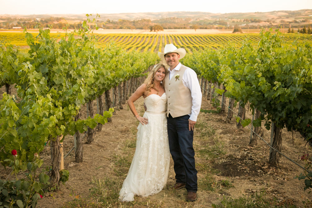 Paso Robles Wedding Photographer Stillwaters Vineyard 145.jpg