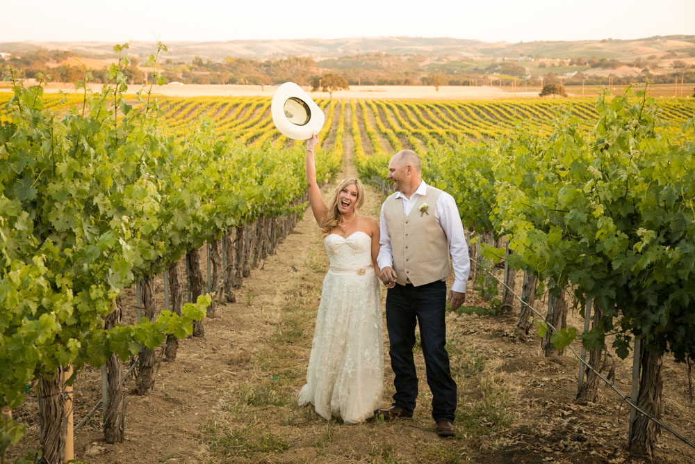 Paso Robles Wedding Photographer Stillwaters Vineyard 149.jpg