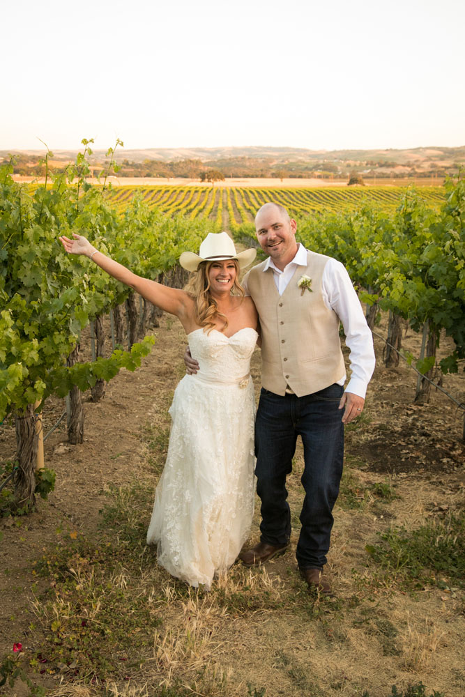 Paso Robles Wedding Photographer Stillwaters Vineyard 150.jpg