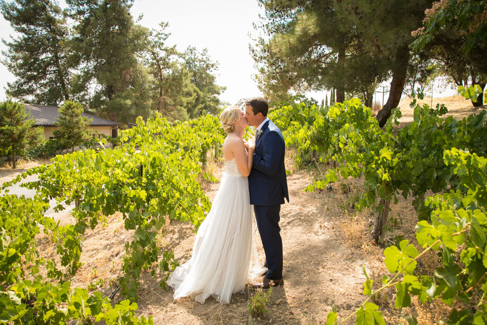 Paso Robles Wedding Photographer Still Waters Vineyard077.jpg
