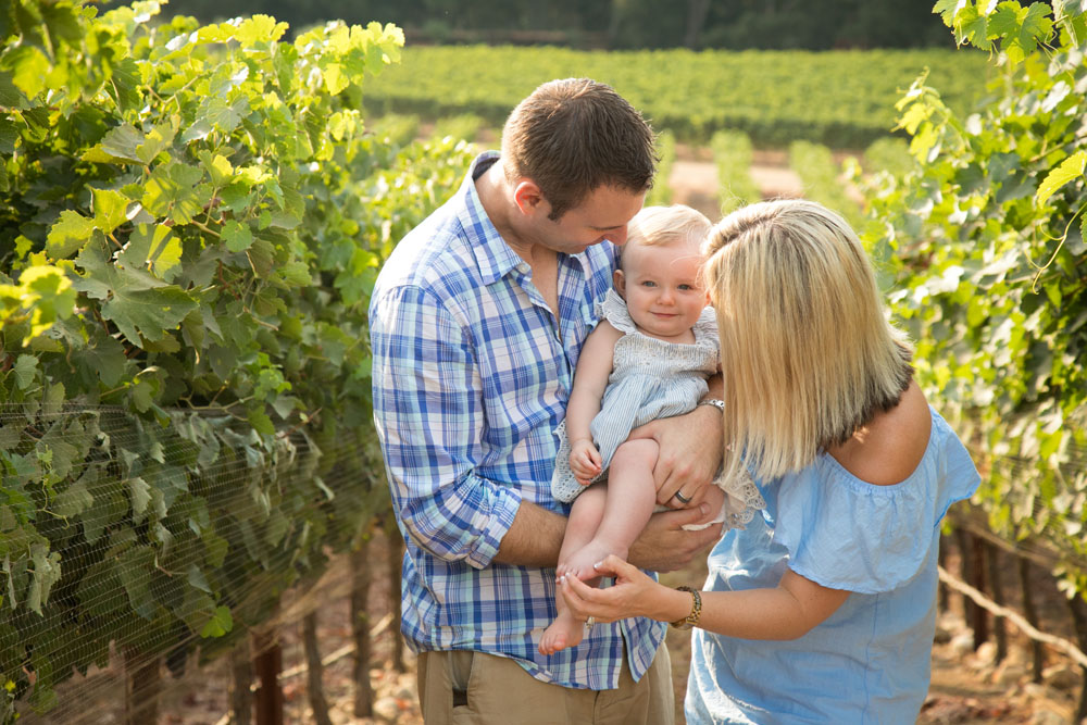 Paso Robles Family Photographer ONX Wines 005.jpg