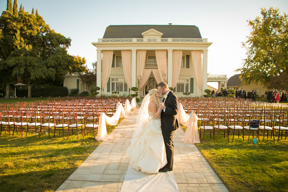 Fresno Wedding Photographer The Manor Estate 101.jpg