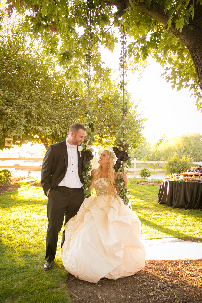 Fresno Wedding Photographer The Manor Estate 123.jpg