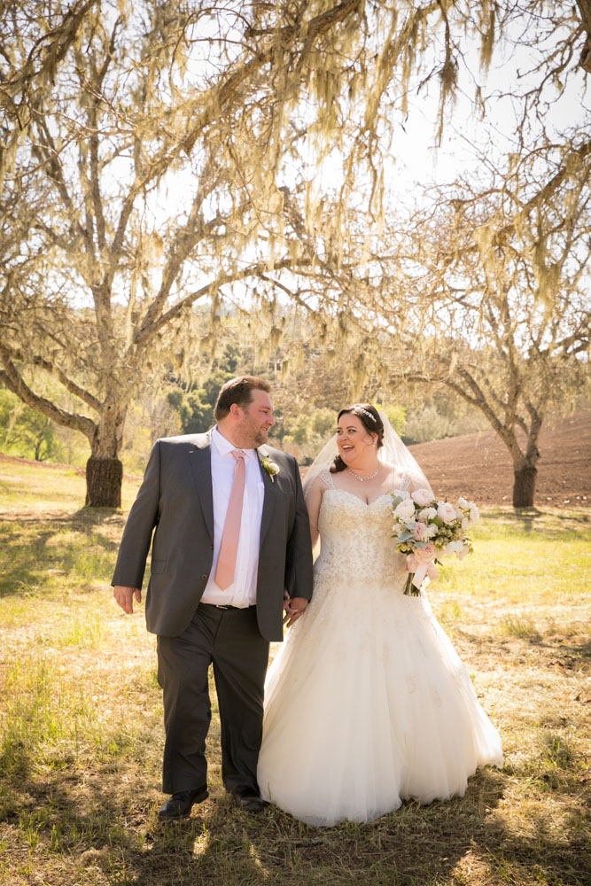 Paso Robles Wedding Photographer Opolo Vinyeards 045.jpg