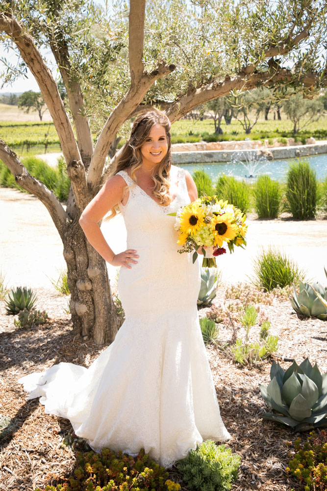 Paso Robles Wedding Photographer Rava Vines013.jpg