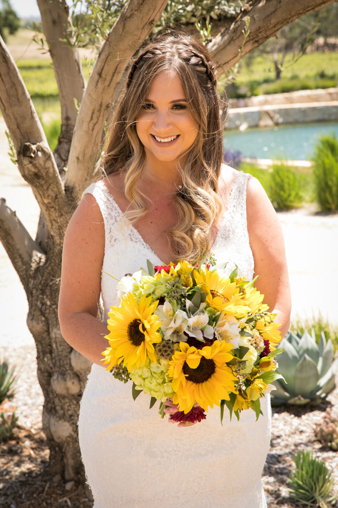 Paso Robles Wedding Photographer Rava Vines016.jpg