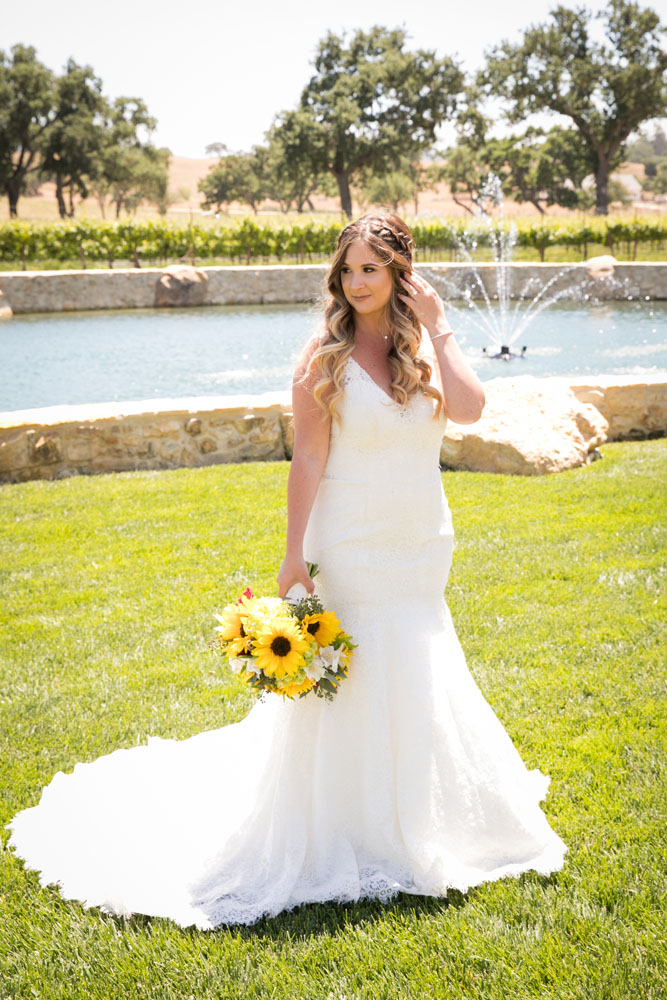 Paso Robles Wedding Photographer Rava Vines026.jpg