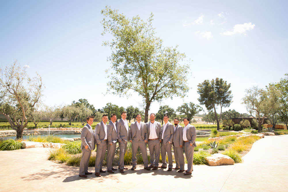 Paso Robles Wedding Photographer Rava Vines029.jpg