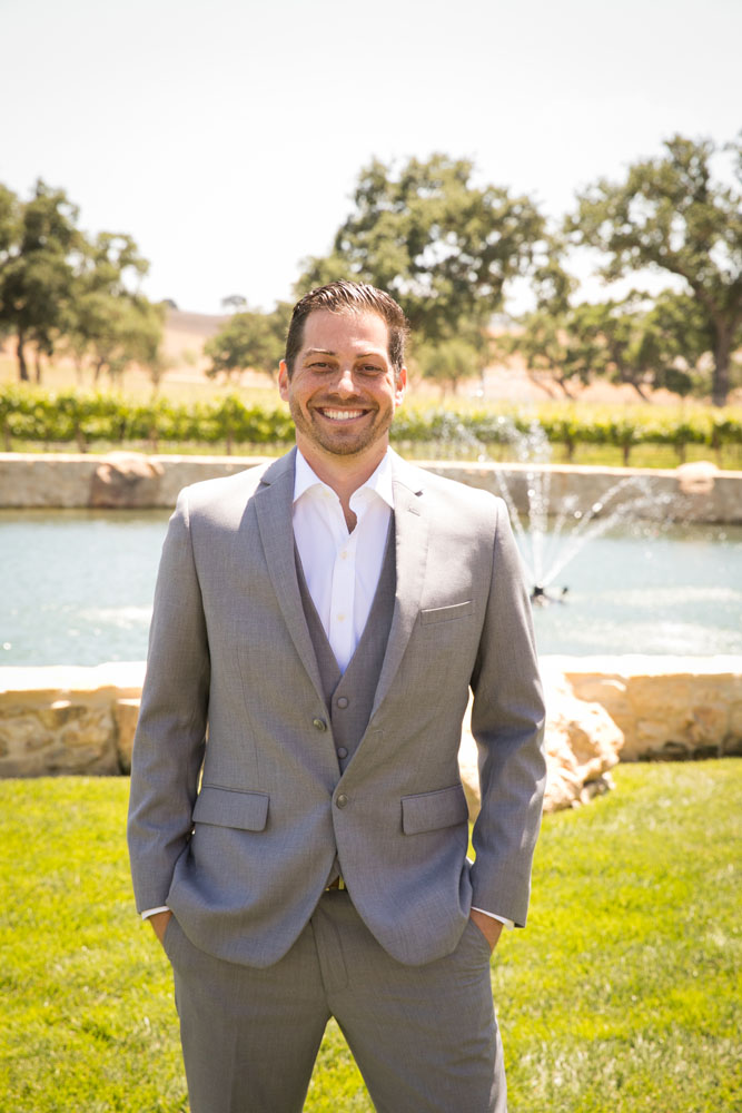 Paso Robles Wedding Photographer Rava Vines034.jpg