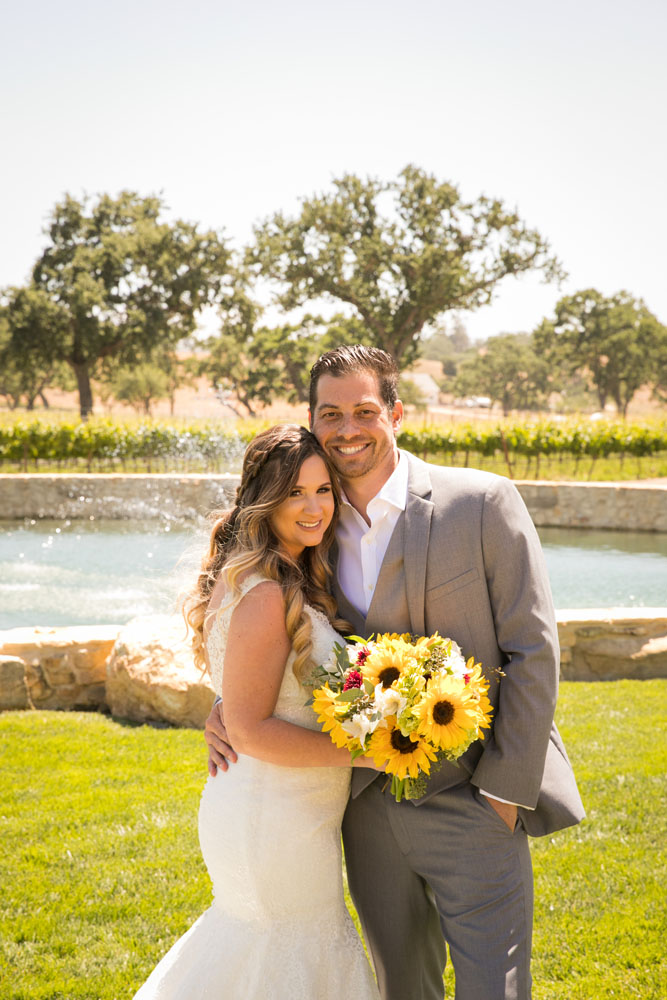 Paso Robles Wedding Photographer Rava Vines044.jpg