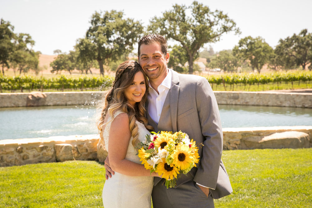 Paso Robles Wedding Photographer Rava Vines045.jpg