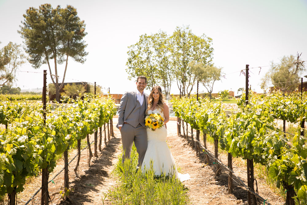 Paso Robles Wedding Photographer Rava Vines047.jpg