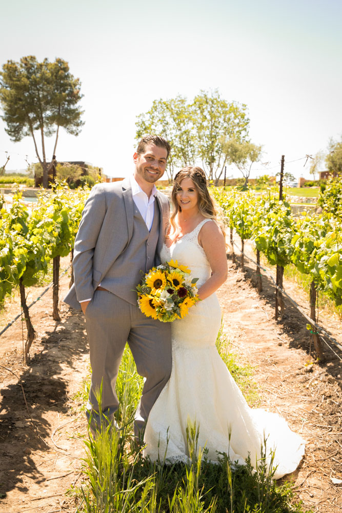 Paso Robles Wedding Photographer Rava Vines054.jpg