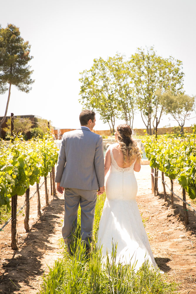 Paso Robles Wedding Photographer Rava Vines057.jpg