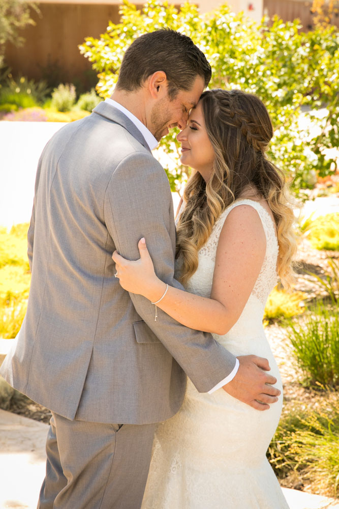 Paso Robles Wedding Photographer Rava Vines061.jpg