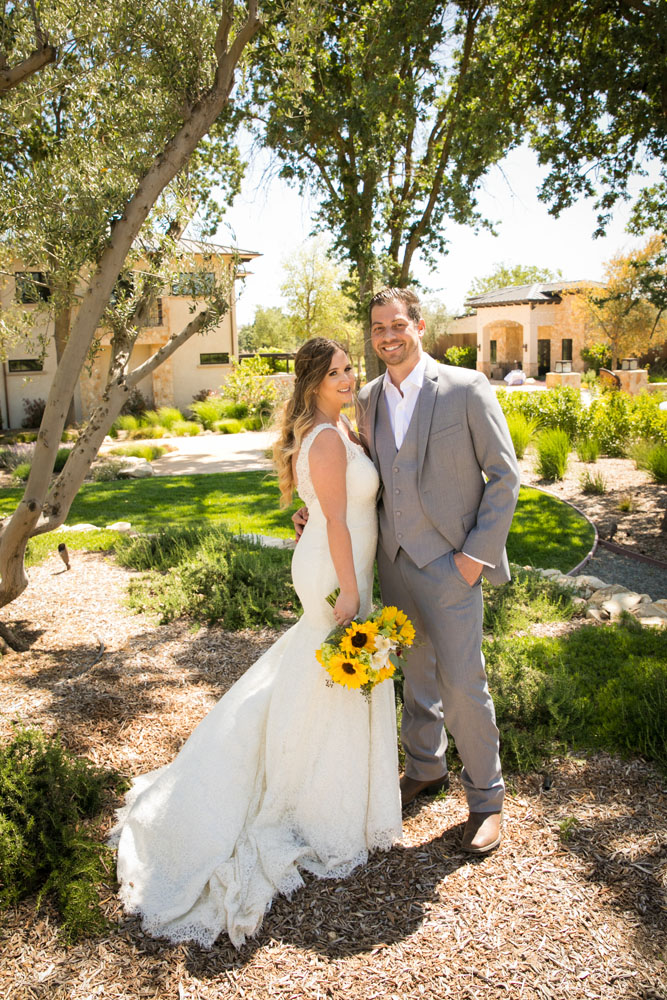 Paso Robles Wedding Photographer Rava Vines068.jpg