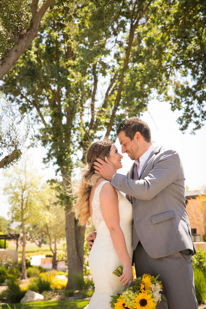 Paso Robles Wedding Photographer Rava Vines070.jpg