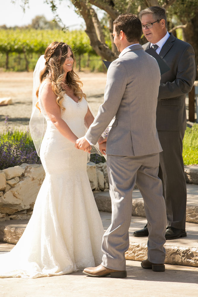Paso Robles Wedding Photographer Rava Vines107.jpg