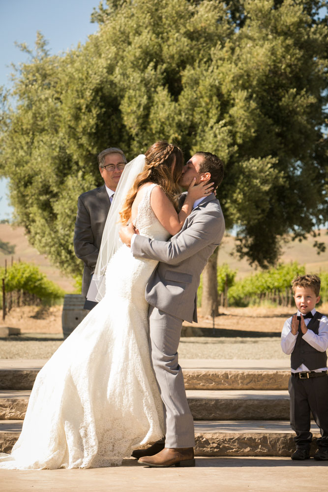 Paso Robles Wedding Photographer Rava Vines113.jpg