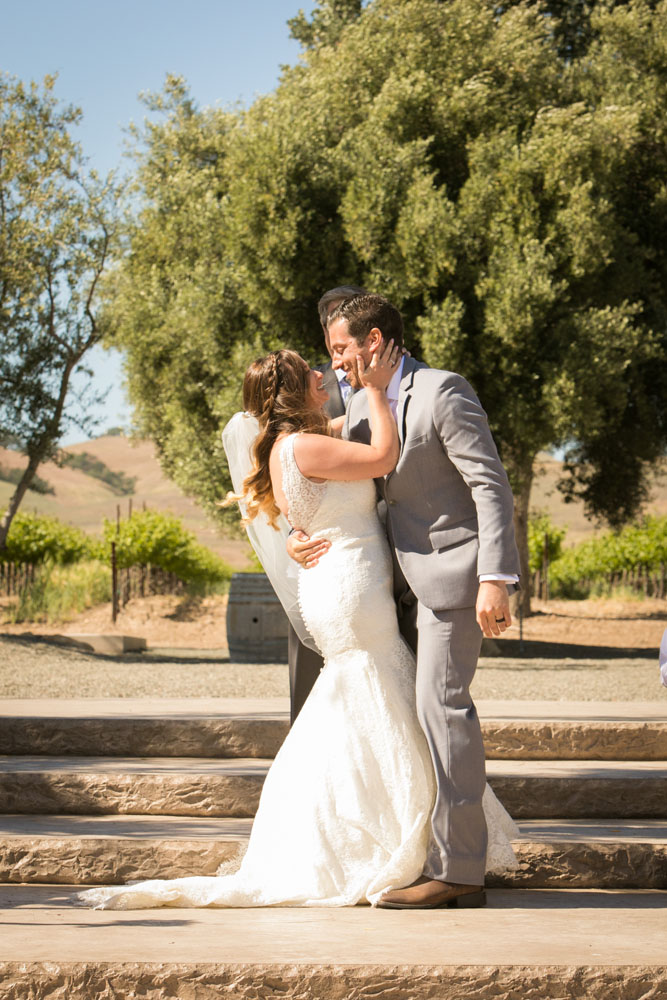 Paso Robles Wedding Photographer Rava Vines114.jpg