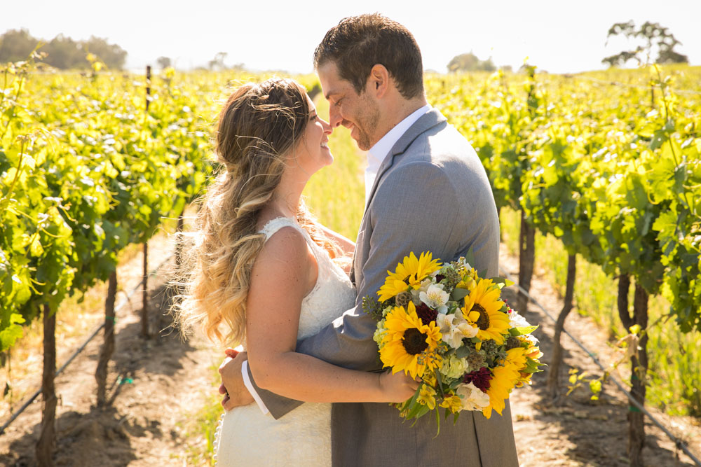 Paso Robles Wedding Photographer Rava Vines121.jpg
