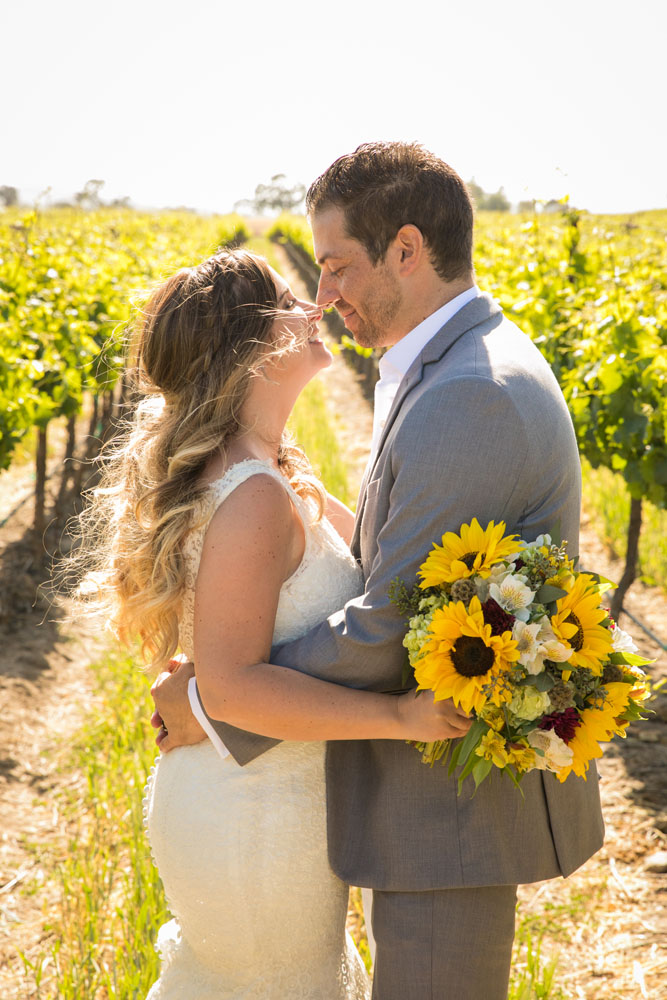 Paso Robles Wedding Photographer Rava Vines122.jpg