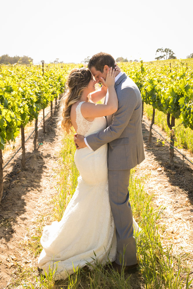Paso Robles Wedding Photographer Rava Vines123.jpg