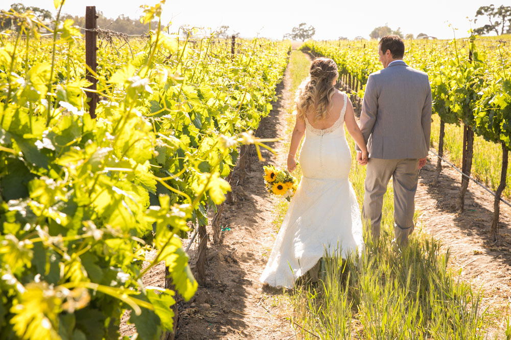 Paso Robles Wedding Photographer Rava Vines124.jpg