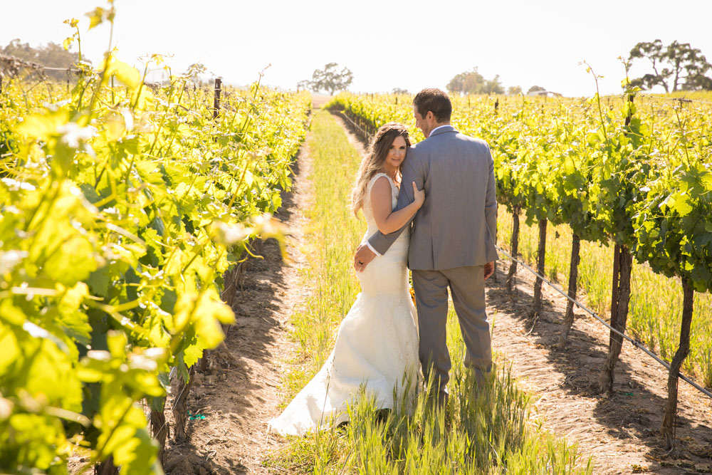Paso Robles Wedding Photographer Rava Vines125.jpg