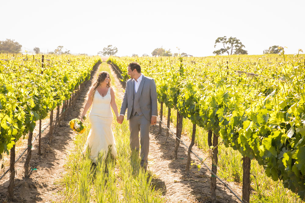 Paso Robles Wedding Photographer Rava Vines126.jpg