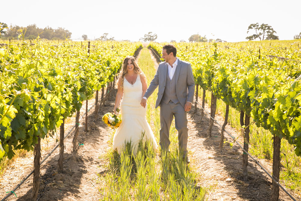 Paso Robles Wedding Photographer Rava Vines127.jpg