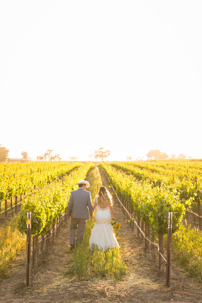 Paso Robles Wedding Photographer Rava Vines143.jpg