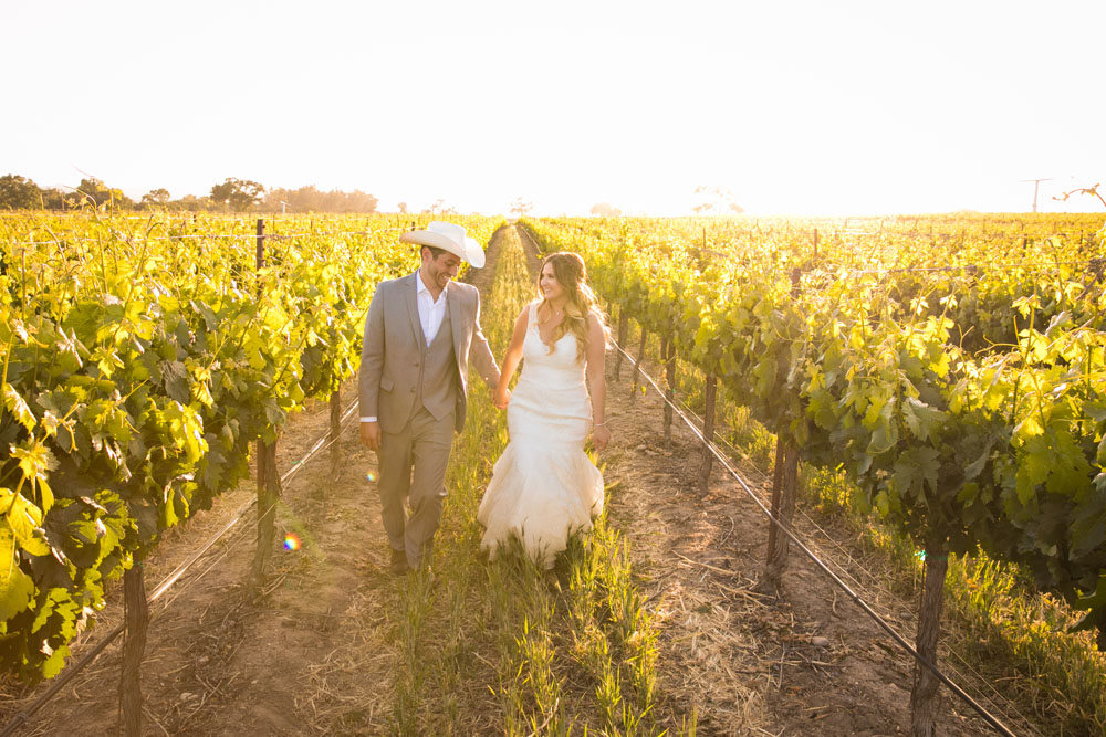 Paso Robles Wedding Photographer Rava Vines152.jpg