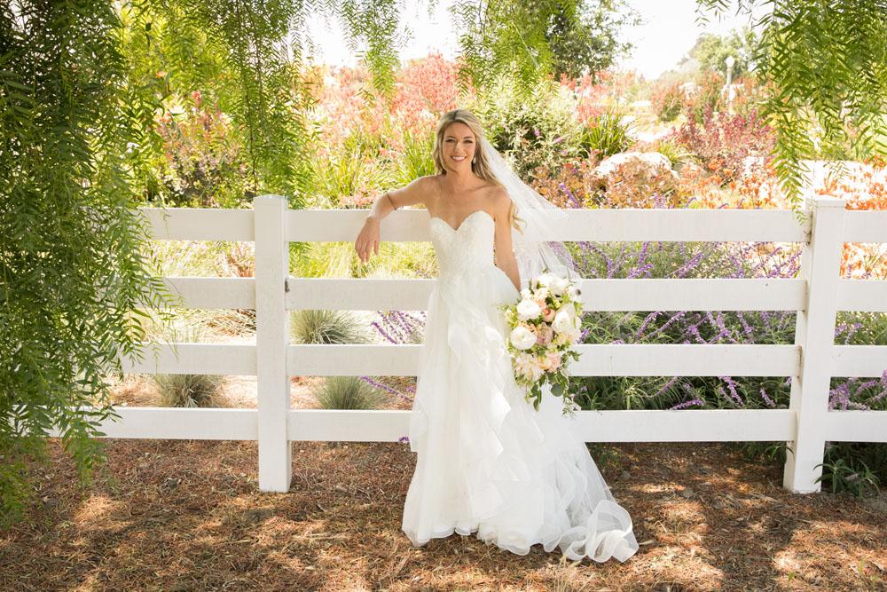 San Luis Obispo Wedding Photographer The White Barn 042.jpg
