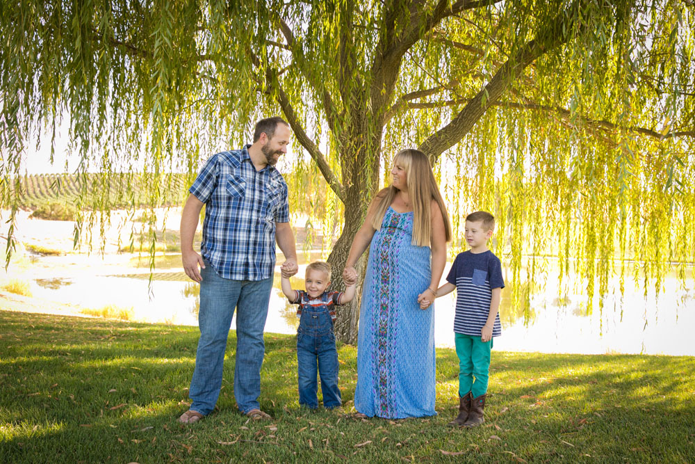 Paso Robles Family and Maternity Photographer 002.jpg