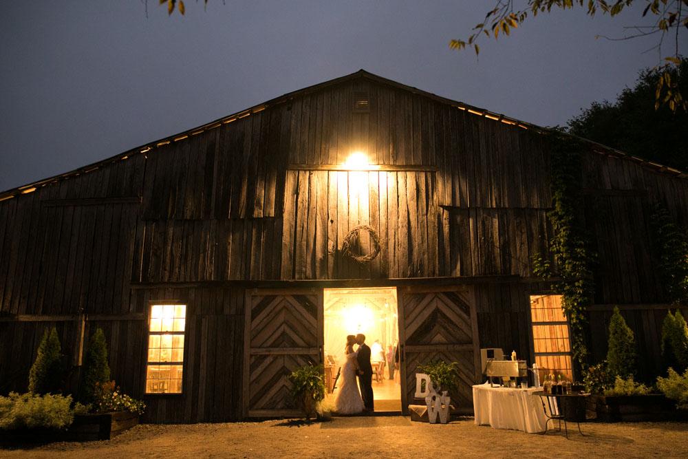 Columbia Wedding Photographer Meadow Hill Farm 161.jpg