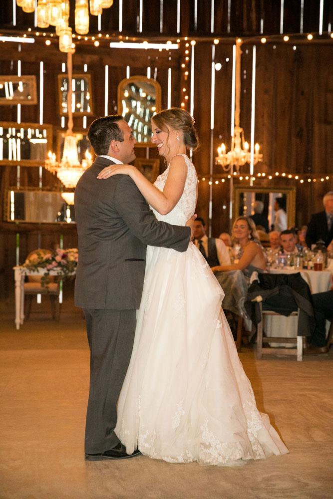 Paso Robles Wedding Photographer Dana Powers Barn 138.jpg