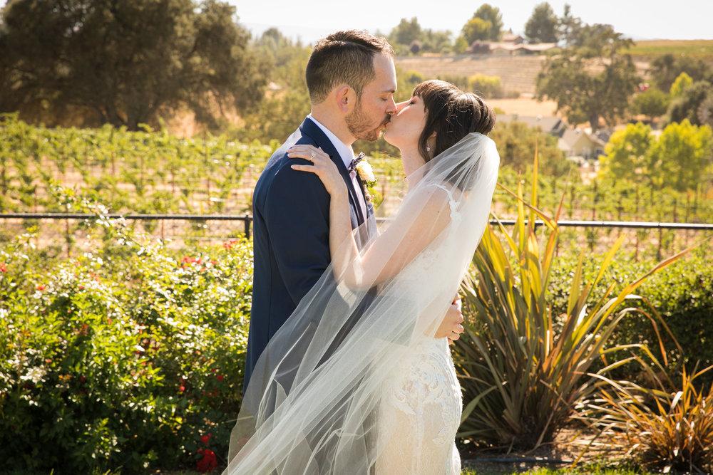 Paso Robles Wedding Photographer Arbor Oaks Vineyard 063.jpg